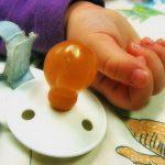 Najbardziej atrakcyjne modele gryzaków – czyli sposób na przekonanie dziecka do gryzaka